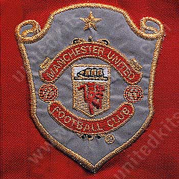 Unitedkits Com The Definitive Illustrated Guide To Manchester United Kits United S Club Badge