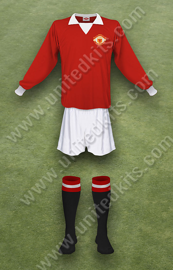 unitedkits com the definitive illustrated guide to manchester united kits season 1972 73 united kits